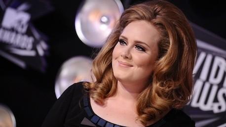 Adele llega a la lista de los álbumes más vendidos de Inglaterra