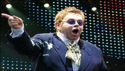 Elton John se presentaría en el remozado Estadio Nacional