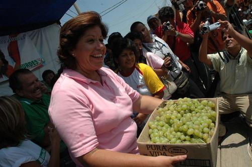 Lourdes Flores advierte nuevo 'kirchnerismo' en Perú