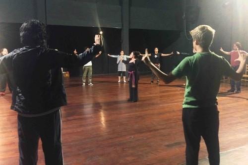 """""""Taller de iniciación en el teatro"""" con Rebeca Ralli del Grupo Yuyachkani"""