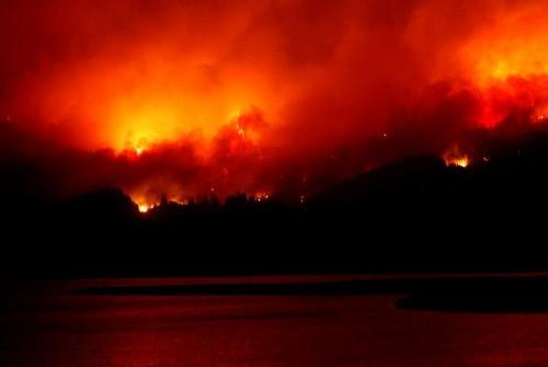 Incendios forestales en Chile se cobran la vida de seis personas