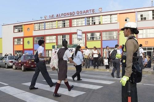 """Policía Nacional pone en marcha el plan de operaciones policiales """"Escolar Seguro 2017"""""""