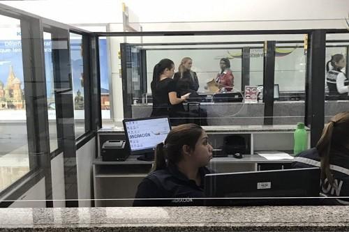 Lilian Tintori denuncia que no la dejaron entrar a Ecuador por órdenes de Correa