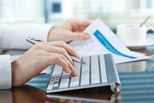 Emitir facturas electrónicas ayuda al cuidado del medio ambiente