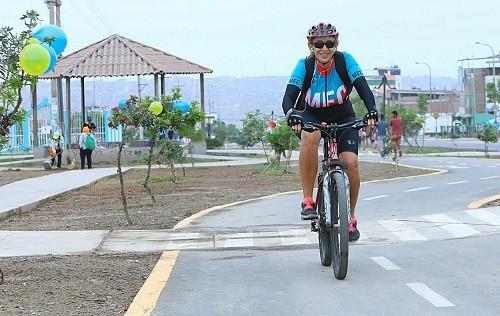 MML inaugura moderna ciclovia en Villa El Salvador en el Día Internacional de la Bicicleta