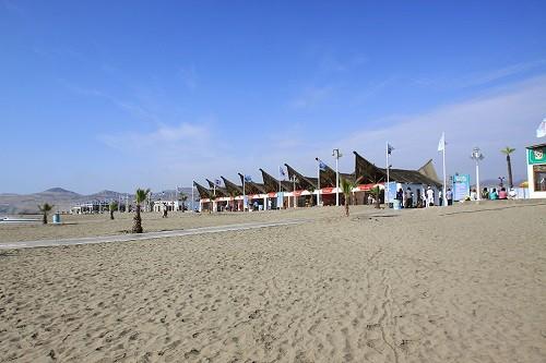 Municipalidad de Ventanilla continúa labores de limpieza en playas del distrito