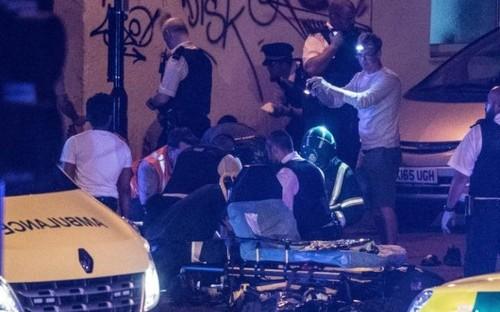 Un muerto y 10 heridos en un ataque terrorista a una mezquita en Londres