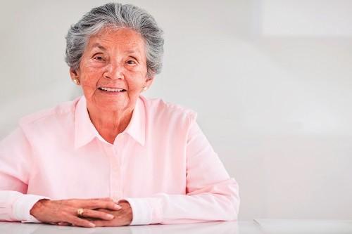 Se analizan posibles soluciones sobre el impacto del cáncer en las mujeres de América Latina