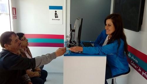 EsSalud realiza despistajes gratuitos de cáncer de mama, cuello uterino y próstata