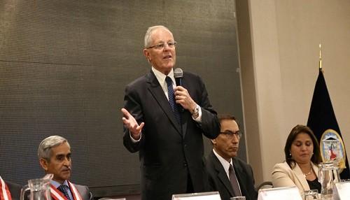 Jefe de Estado ratifica compromiso con lucha anticorrupción y respeto a independencia de PJ
