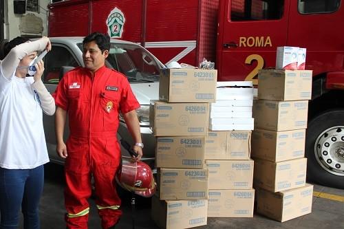 Kimberly-Clark dona más de 4 mil productos de protección a los bomberos