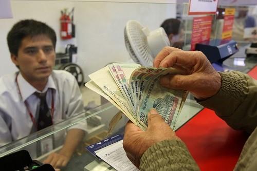 La mayoría de limeños usarán la gratificación de fiestas patrias para pagar deudas