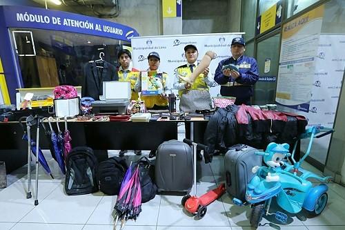 Usuarios pueden recuperar objetos olvidados en buses y estaciones del Metropolitano