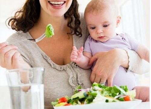 EsSalud: Madres deben consumir alimentos que ayuden a producción de leche materna