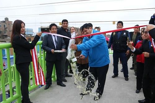 Puente peatonal con ascensores fue inaugurado en San Luis