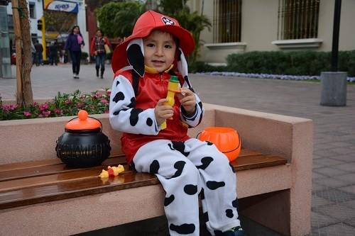 Recomendaciones para que niños disfruten un Halloween saludable