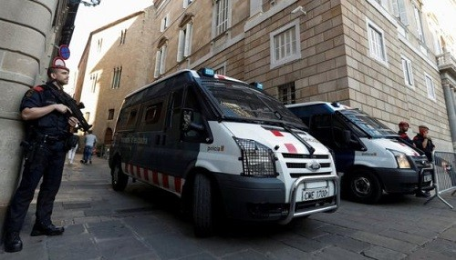 España tomará el control de las instituciones catalanas