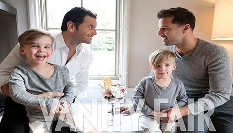 Ricky Martin posa junto a su novio y sus hijos en Vanity Fair