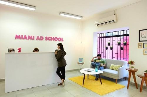 ¿Estás a punto de salir del colegio y quieres ser publicista?