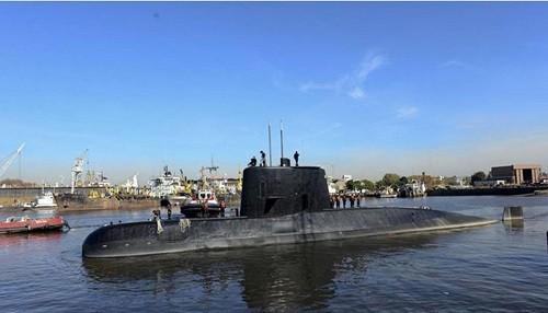 Argentina pierde submarino: La preocupación crece después de dos falsas alarmas