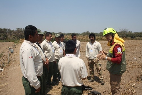 Expertos españoles capacitan a guardaparques para atender incendios forestales