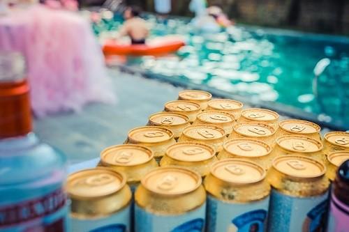 Mezcla de alcohol y energizantes  provoca efectos negativos en el cerebro y el corazón advierten especialistas