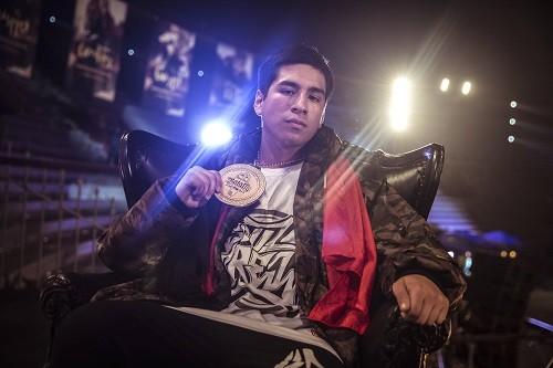 Jota MC y Choque ya están en México para la final internacional de Red Bull Batalla de los Gallos