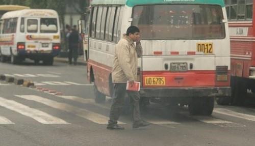Aprueban norma para reducir contaminación vehicular, pero experto en aire dice que no es suficiente