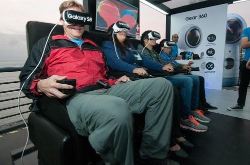 Samsung inaugura un nuevo centro de experiencia Galaxy Studio en Larcomar