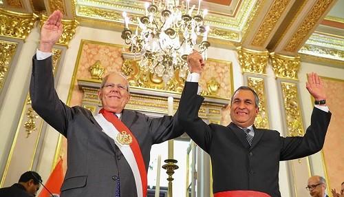 Presidente Kuczynski tomó juramento a Gral. (r) Vicente Romero como ministro del Interior