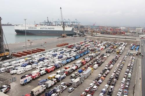 APM Terminals Callao recibió los vehículos para el Dakar 2018