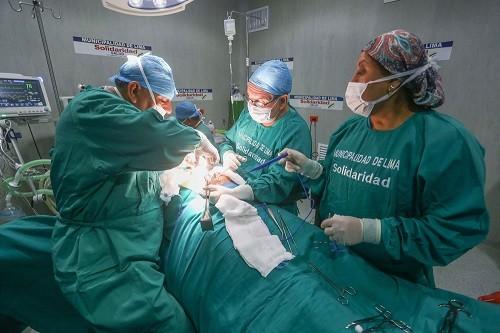 Campaña de cirugías de hernia y vesícula en Hospital de la Solidaridad