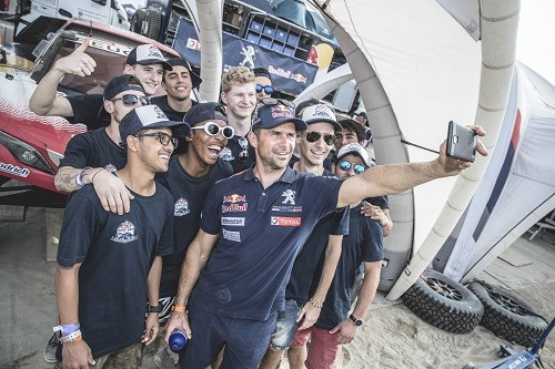 Estudiante esloveno ganó el Red Bull Desert Wings University Challenge