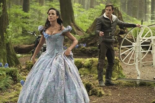 Estreno: 7ma temporada -  La Cenicienta llega a la serie Érase Una Vez
