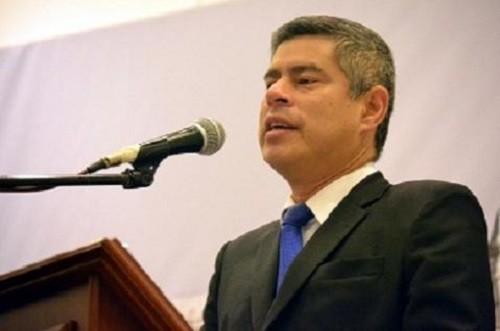 Presidente del congreso fija posición ante gobierno de Maduro