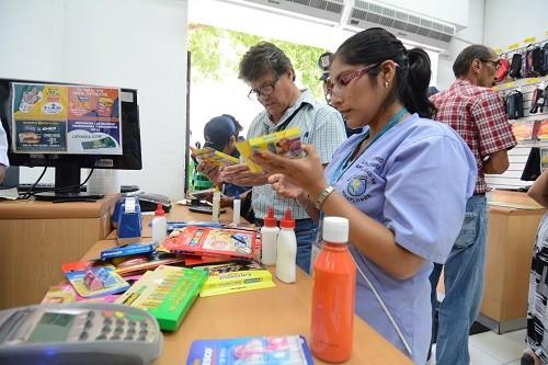 Municipalidad de Miraflores inspecciona establecimientos que venden útiles escolares