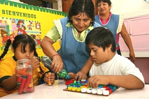 Colloky y la Sociedad Peruana de Síndrome Down firman alianza estratégica