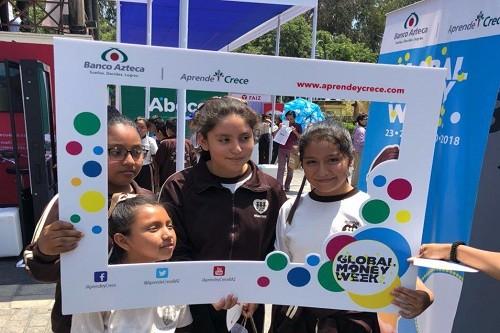 'Aprende y Crece' de Banco Azteca benefició a más de 4000 niños y jóvenes peruanos