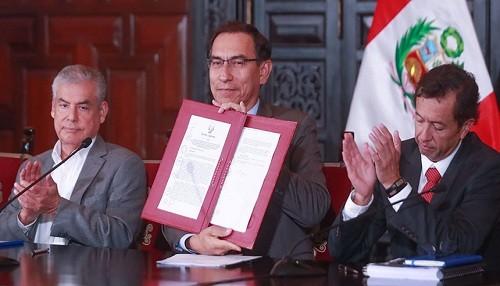 Presidente Vizcarra anuncia que se transferirán cerca de 5,000 millones de soles a Gobiernos Regionales y municipios este mes