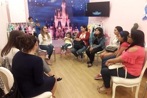 """Presentan Taller Gratuito """"Entre Nosotras"""" Para Empoderar A Las Mujeres Peruanas"""