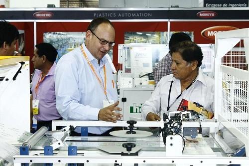 El Show del Plástico llegará a la capital peruana