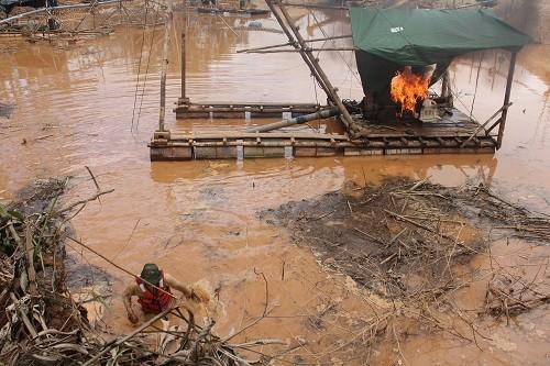 Nueve áreas naturales protegidas comparten en Lima experiencias en lucha contra minería ilegal