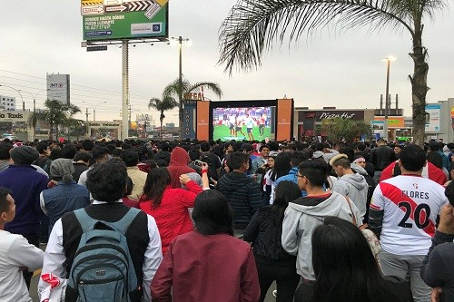 Disfruta el partido Perú – Escocia en MegaPlaza