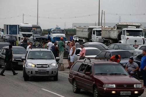 Brasil: Manifestantes apuntan a 'derrocar al gobierno de Temer'