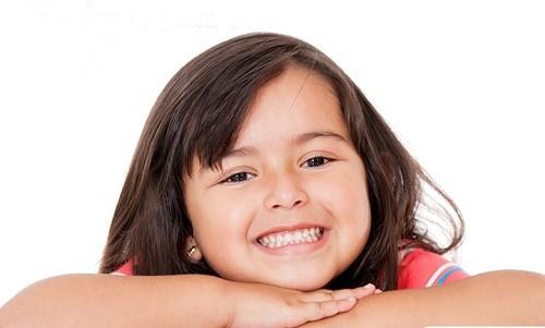 Aprende qué hacer ante un traumatismo dental en niños