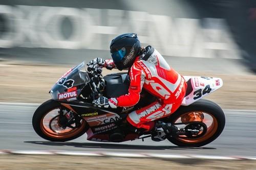 Martín Cabrera acelera al título en su KTM RC