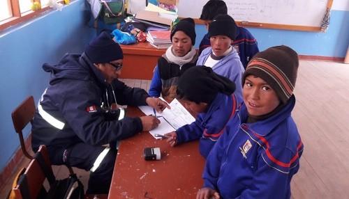 Brigadas del Minsa brindan más de 2 mil atenciones gratuitas a población vulnerable a las heladas en Junín y Arequipa