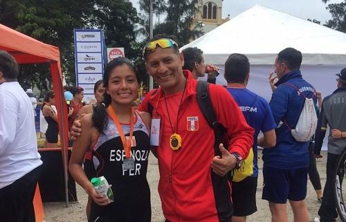 Triatleta peruana logra clasificar a los juegos olímpicos de la juventud