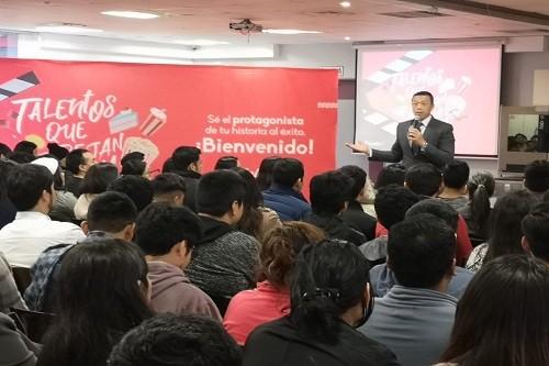 Cientos de peruanos y extranjeros inician clases de cocina peruana