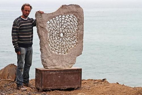 Exposición de esculturas: Tejidos en piedra en el ICPNA de Miraflores